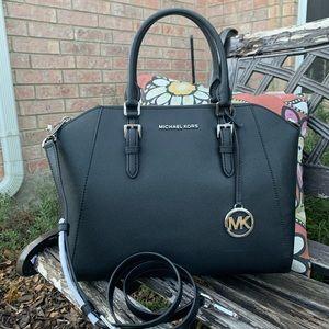 New MK black large Ciara satchel 🖤
